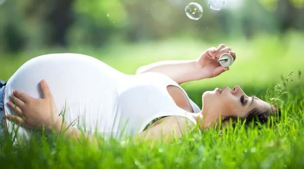 Свечи с прополисом при беременности - применять или нет